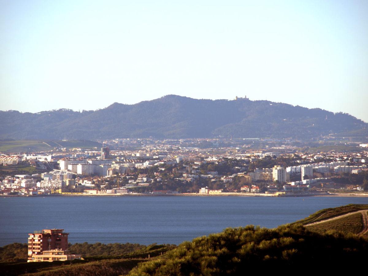Blick auf das Sintra-Gebirge vom Convento dos Capuchos