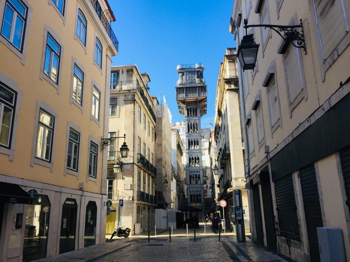 Aufzug Santa Justa in Lissabon